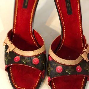 Louis Vuitton 3inch heels. Original LV worn once.